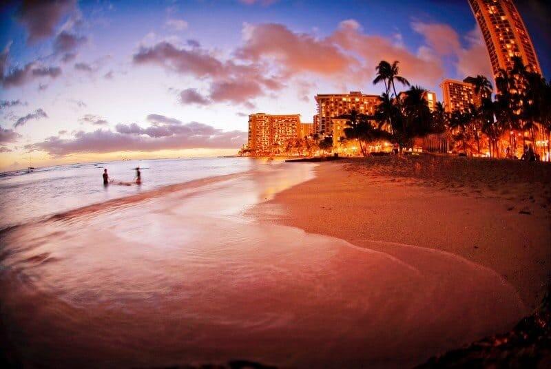 Waikiki Beach - Hawaii - The Wandering Lens