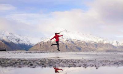 Mountain Designs - Lisa Michele Burns (3) HEADER