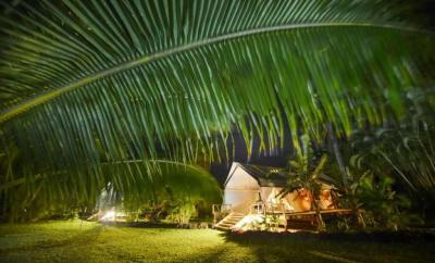 glamping-in-the-cook-islands-ikurangi-eco-retreat-by-the-wandering-lens
