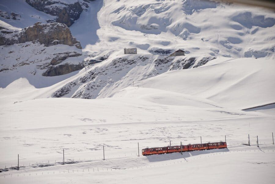 jungfrau-travel-guide-wengen-lauterbrunnen-and-grindelwald-by-the-wandering-lens-66