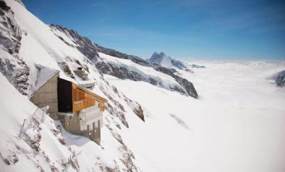 jungfrau-travel-guide-wengen-lauterbrunnen-and-grindelwald-by-the-wandering-lens-header