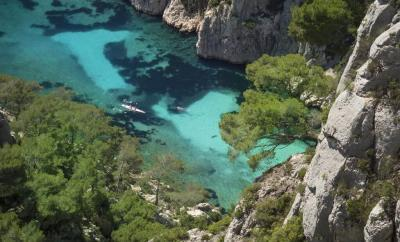 Calanque d'En Vau Hike from Cassis, France