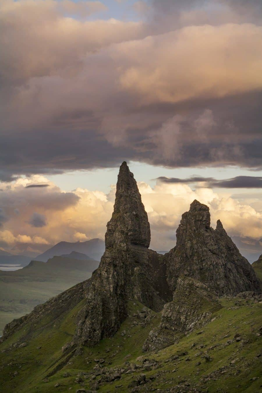 Old Man of Storr, Isle of Skye, Scotland guide by The Wandering Lens