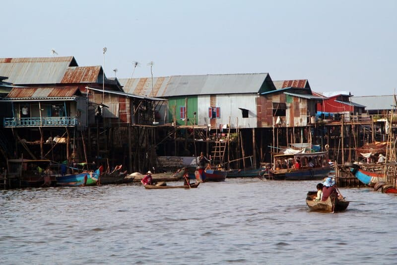 Floating Fishing Village in Cambodia - Migrant Muse(1)