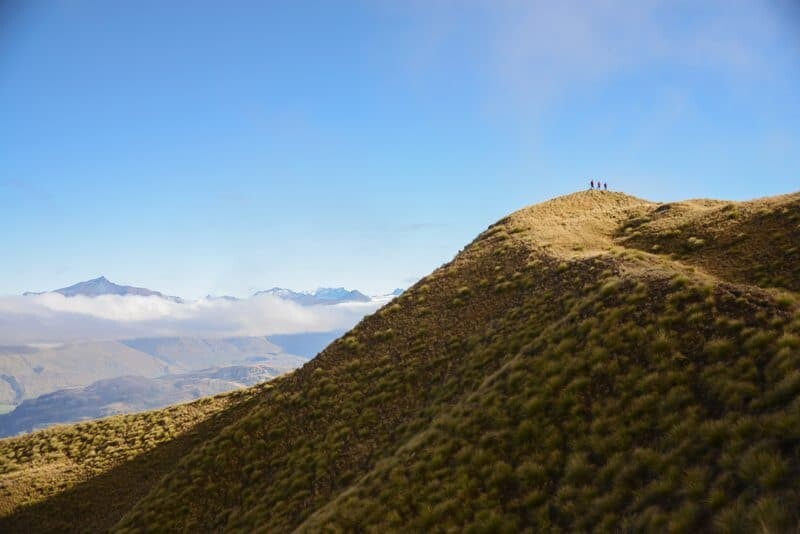 Adventure Photography - New Zealand Hike by The Wandering Lens www.thewandeirnglens.com