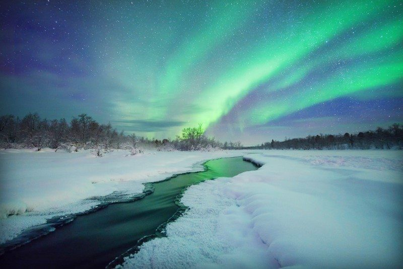 How to Photograph the Northern Lights and Aurora by The Wandering Lens www.thewanderinglens.com