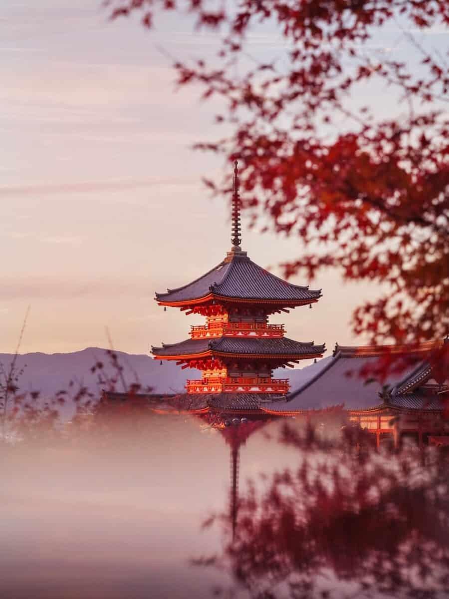 Creating Reflections - Kiyomizudera, Kyoto, Japan