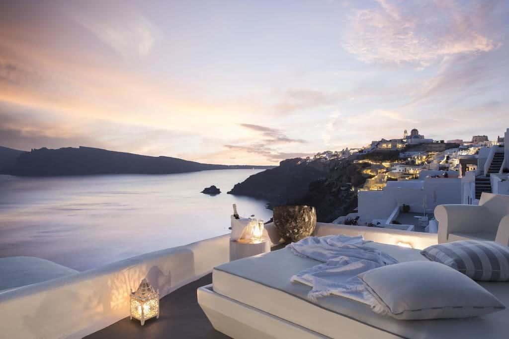 Kirini Santorini Villas